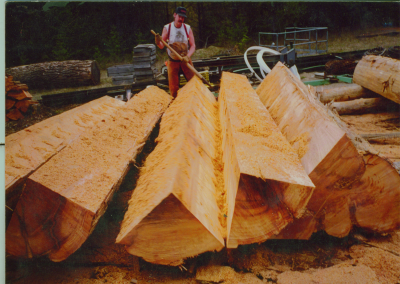 Red-Cedar-Log-Cants